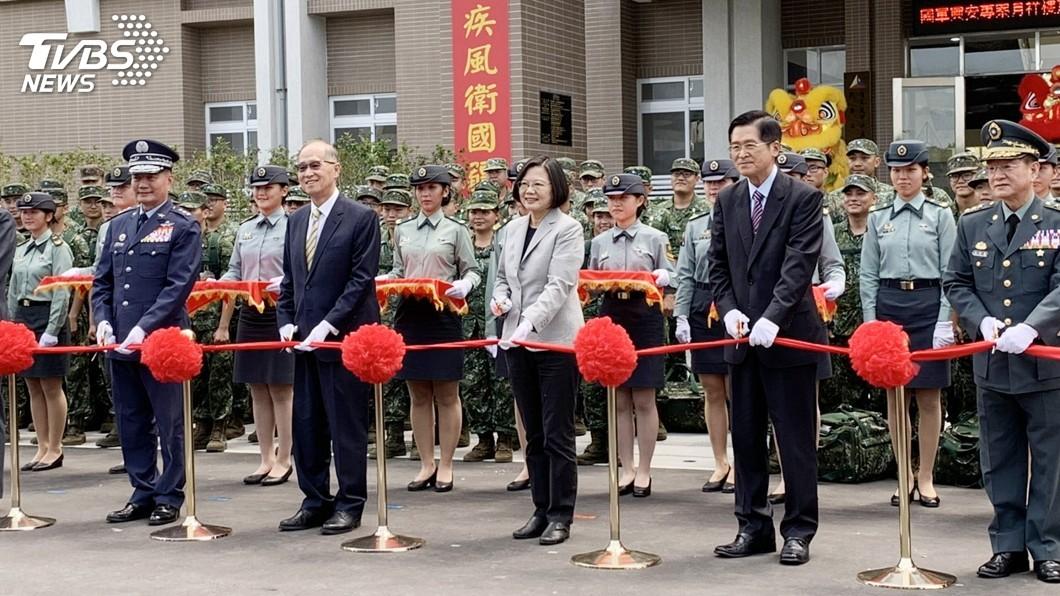 圖/中央社 興安專案首案啟用 蔡總統:提供官兵良好生活