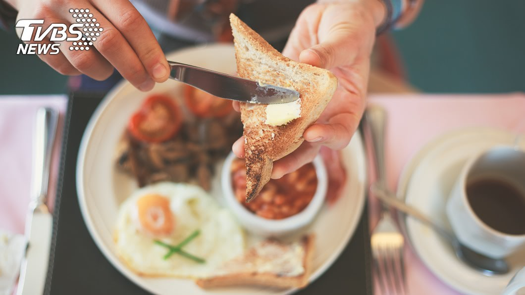 收入越低的人,越少吃早餐。示意圖/TVBS