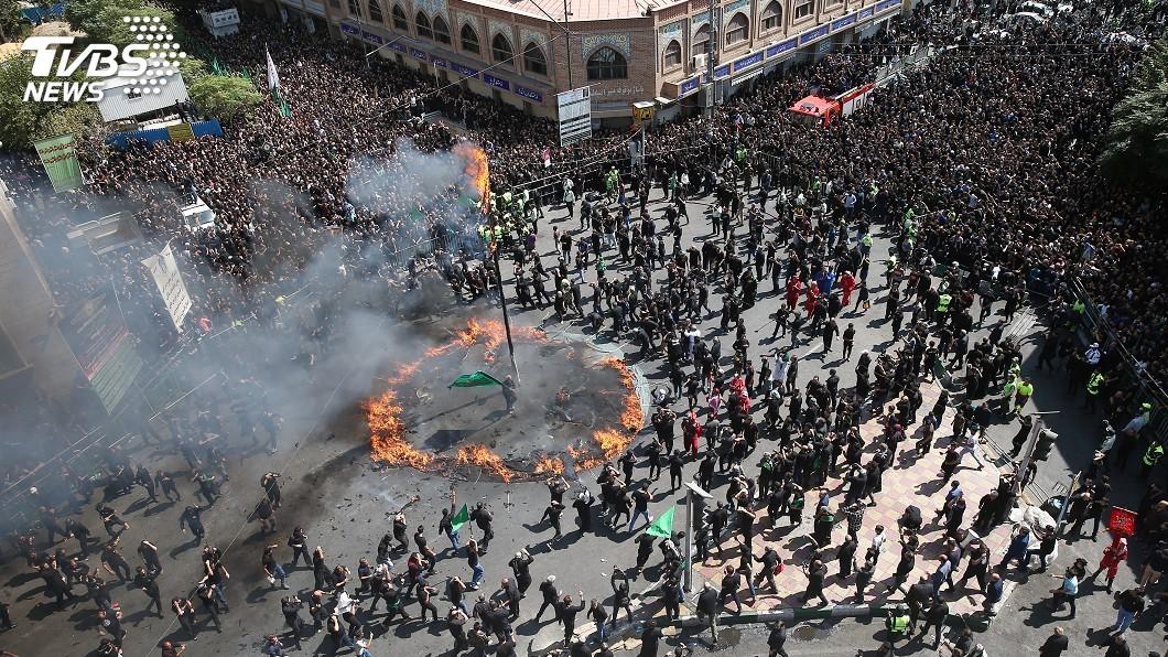 圖/達志影像路透社 伊拉克阿舒拉節踩踏意外 什葉派信徒31死上百傷