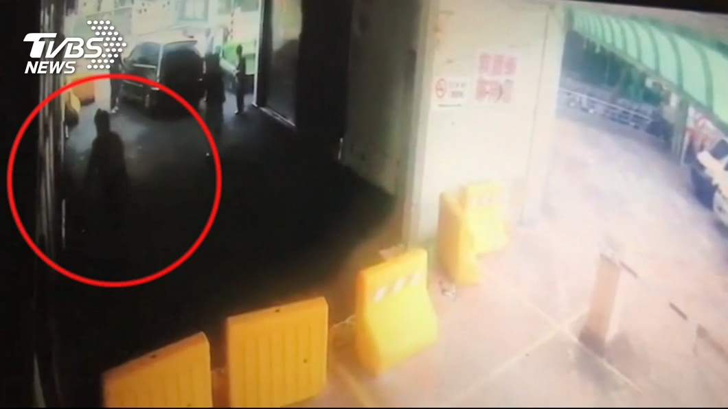 圖/TVBS 租屋成毒窟!嫌砍男16刀 警局旁丟包急診