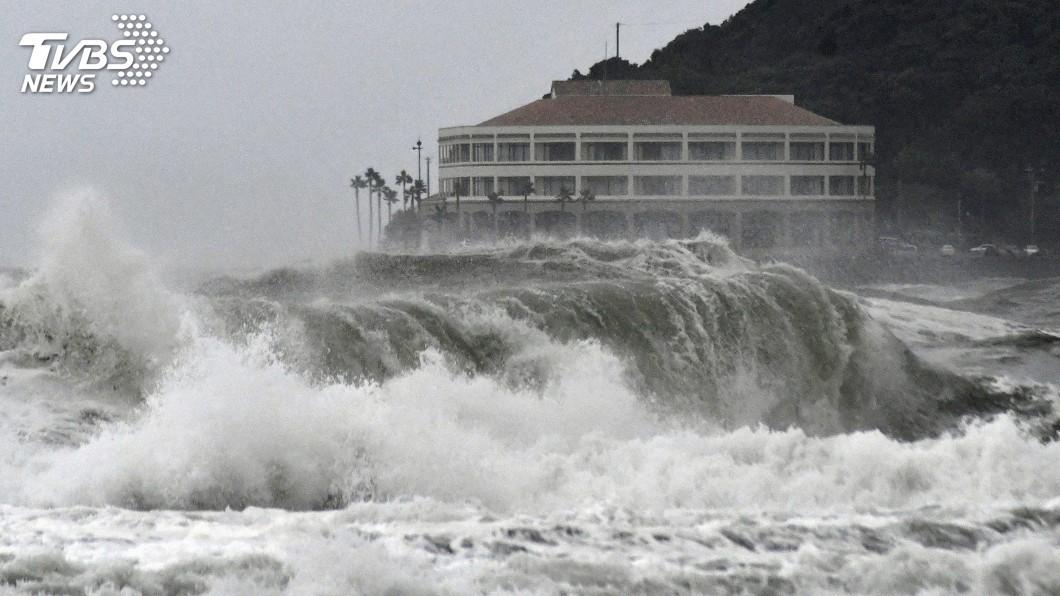 圖/達志影像路透社 颱風重創日本千葉 部分地區如地震海嘯侵襲