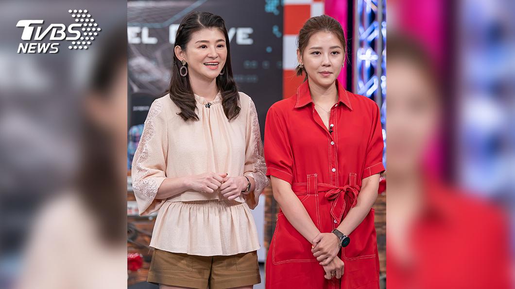 TVBS《地球黃金線》主持人蘇宗怡和來賓嚴立婷。圖/TVBS 蘇宗怡熱心女神 上路提醒粗心駕駛