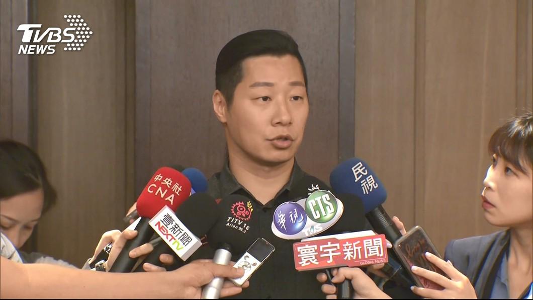 圖/TVBS資料畫面 林郁方質疑對手文宣抹黑 林昶佐:都是公開資訊