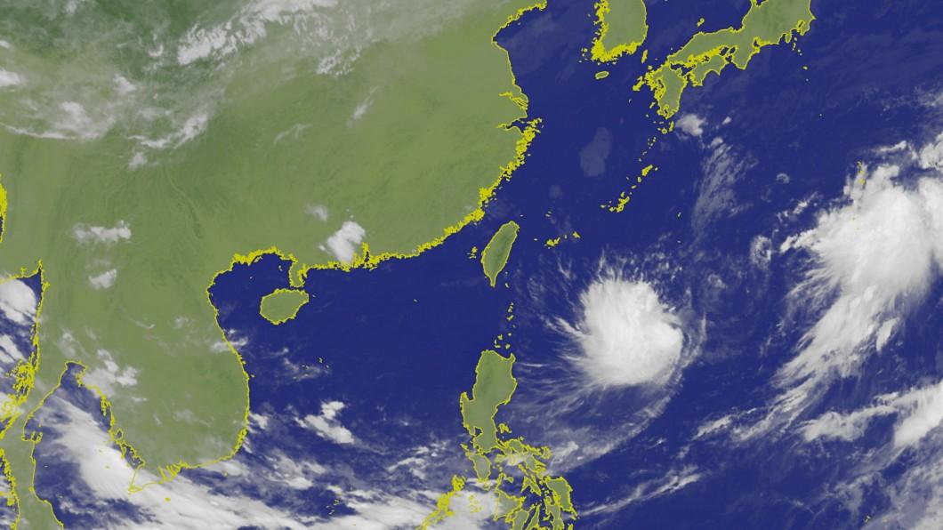 中秋連假邁入第2天。圖/翻攝自中央氣象局 中秋後變天!北部「雨連下6天」 颱風「琵琶」恐生成