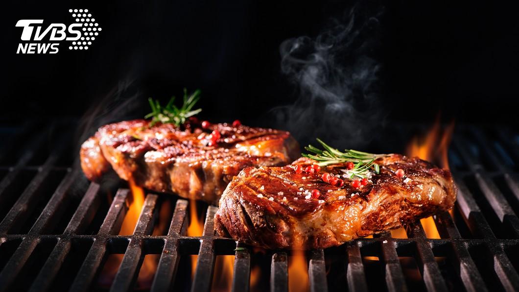 警察休假烤肉遭人檢舉。 圖/示意圖 警察烤肉遇「檢舉魔人」 網嗆:只有你可以過節?
