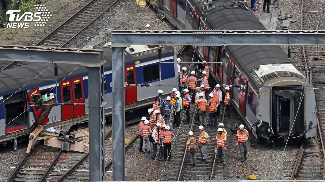 圖/達志影像美聯社 香港鐵路脫軌造成8人受傷 不排除人為因素