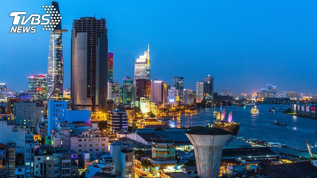 胡志明市夜景。圖/TVBS 台灣又老又舊! 他預言:快被越南超越了