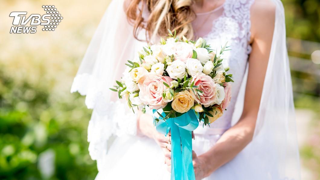 多數女性總希望自己有個完美婚禮,並成為眾人矚目的美麗新娘。(示意圖/TVBS) 有誰比我慘!女大喜日被「畫得像鬼」 新秘還喊價加錢