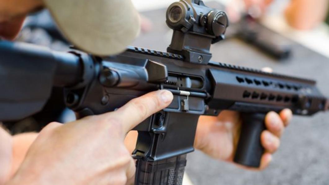 圖/翻攝自Getty Images/iStockphoto 不滿被甩!前CIA狙擊手槍殺女友 舉槍自盡竟僥倖存活
