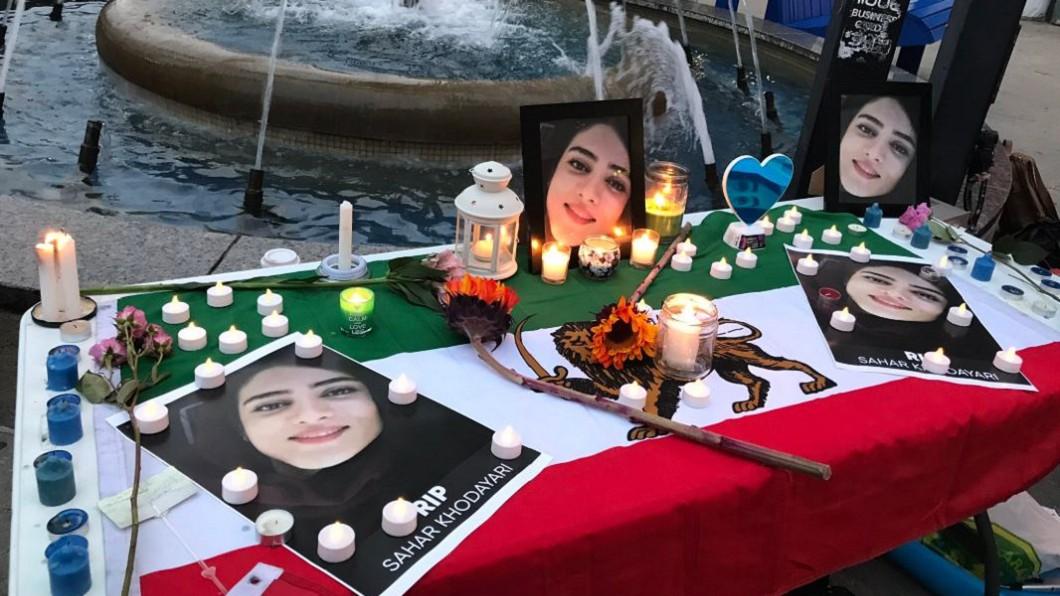 圖/翻攝自Ardeshir Zarezadeh 推特 藍色女孩自焚抗議 伊朗終允女性進場看球賽