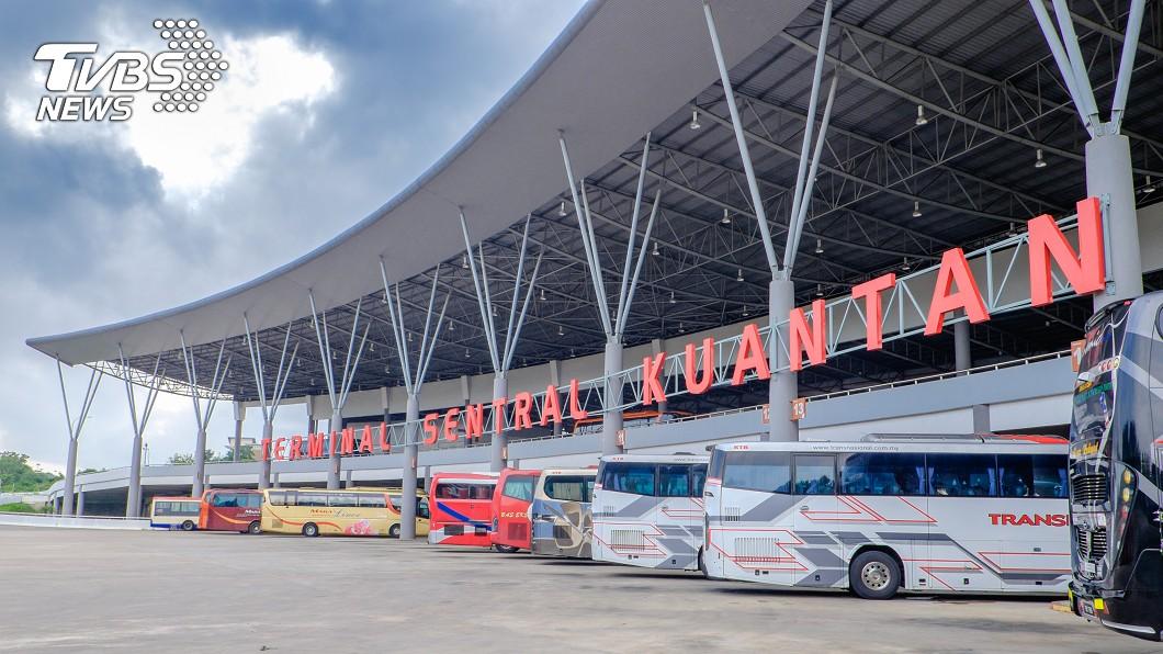 馬來西亞關丹的中央巴士總站(Kuantan Sentral Bus Terminal)。圖/TVBS 馬桶阻塞「冒血水」撈出臍帶 驚見完整嬰屍