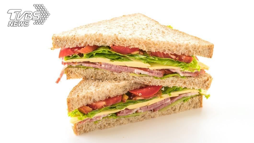 示意圖/TVBS 早餐店15元三明治沒賺頭?網曝:多賣「它」才會回本