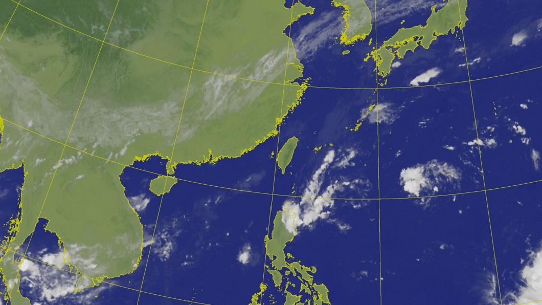 圖/中央氣象局 北東連下5天雨!週末恐有熱帶擾動 不排除成為颱風