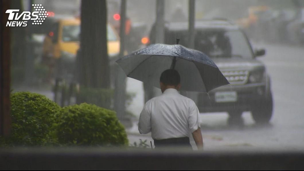 圖/TVBS 注意保暖!北台灣整天偏涼 宜花留意豪大雨