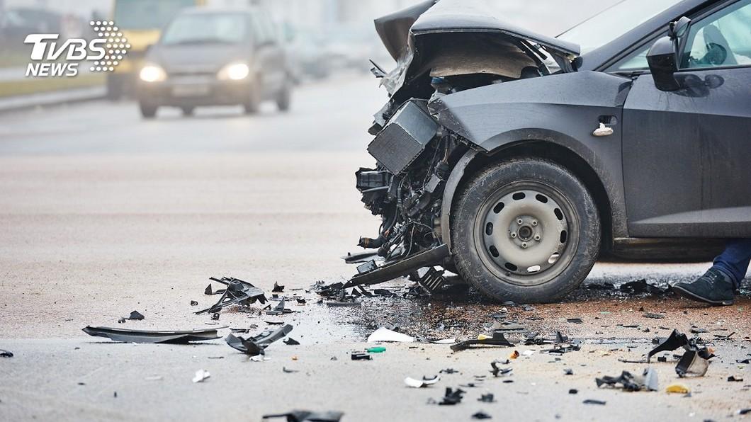 示意圖/TVBS 台客一家3口沖繩租車自駕遊 車禍1人喪命