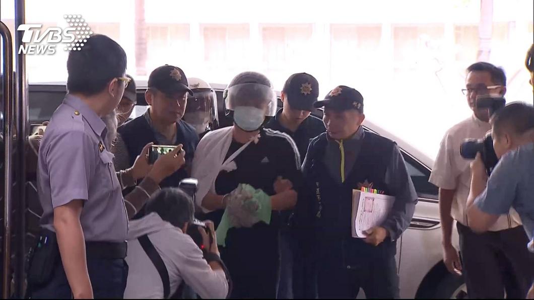 圖/TVBS 潑漆2被告交保 北檢:持續蒐證嚴懲不法