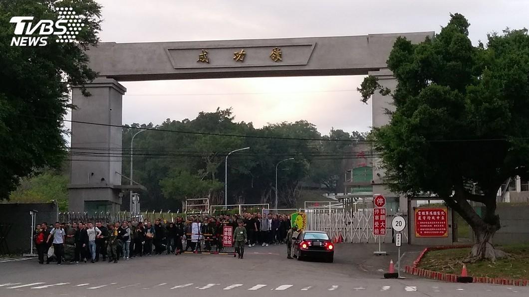 成功嶺對於許多當過兵的台灣男性而言,永遠是個難忘的回憶。(示意圖/TVBS) 菜鳥好奇問成功嶺美食?老鳥狂推這「夢幻組合」