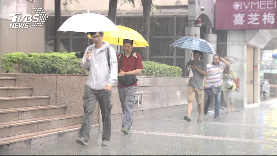 示意圖/TVBS 哪裡最難放颱風假? 鄉民狂推「2縣市」:幾乎都沒事