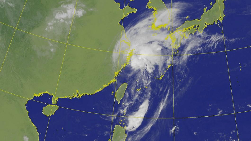 圖/中央氣象局 颱風米塔北上 預計上午11時30分解除海警