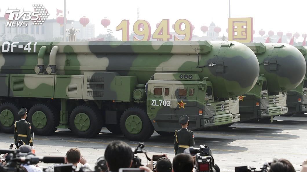 圖/達志影像路透社 大陸建政70週年閱兵 東風41、轟6N首度亮相