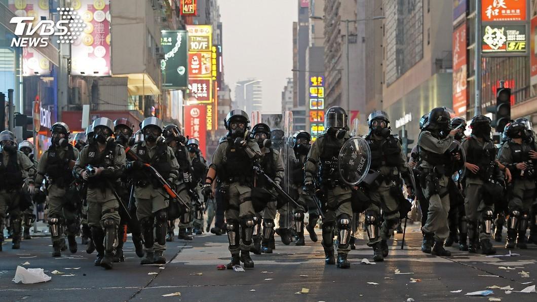 圖/達志影像美聯社 反送中一日多起槍響 港警:繼續嚴正執法