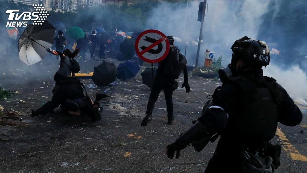 圖/達志影像路透社 反送中示威學生遭槍擊 國際譴責港警過度武力