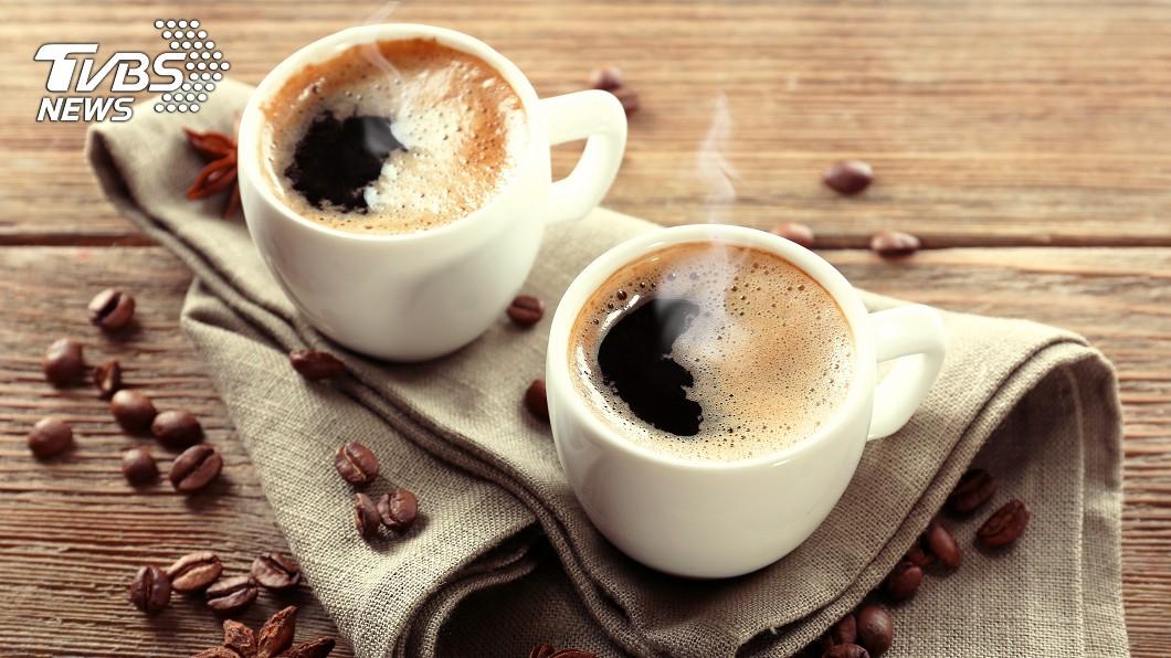 示意圖,與本事件人物無關。圖/TVBS 每天喝2杯噴3千!買咖啡機較省?網一面倒勸:別衝動