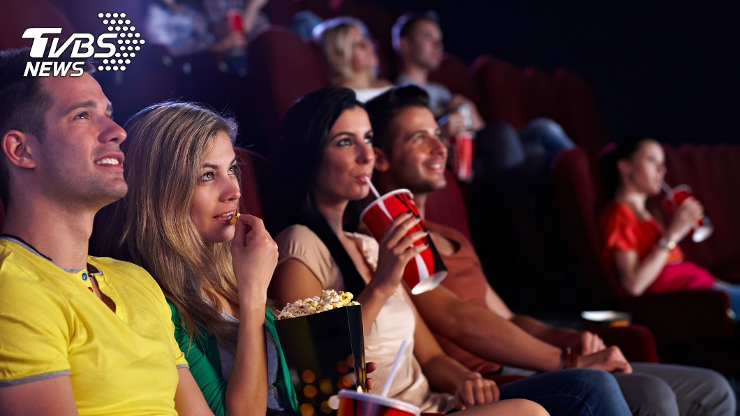 原PO分享悲慘經歷。示意圖/TVBS 約學妹看電影!結局超展開…萬人噴笑:連工具人都當不起