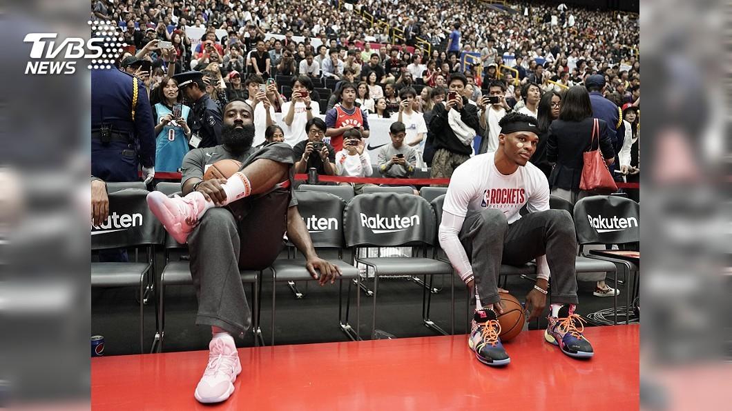 圖/達志影像美聯社 記者問挺港議題遭NBA公關阻擋 球員全靜默