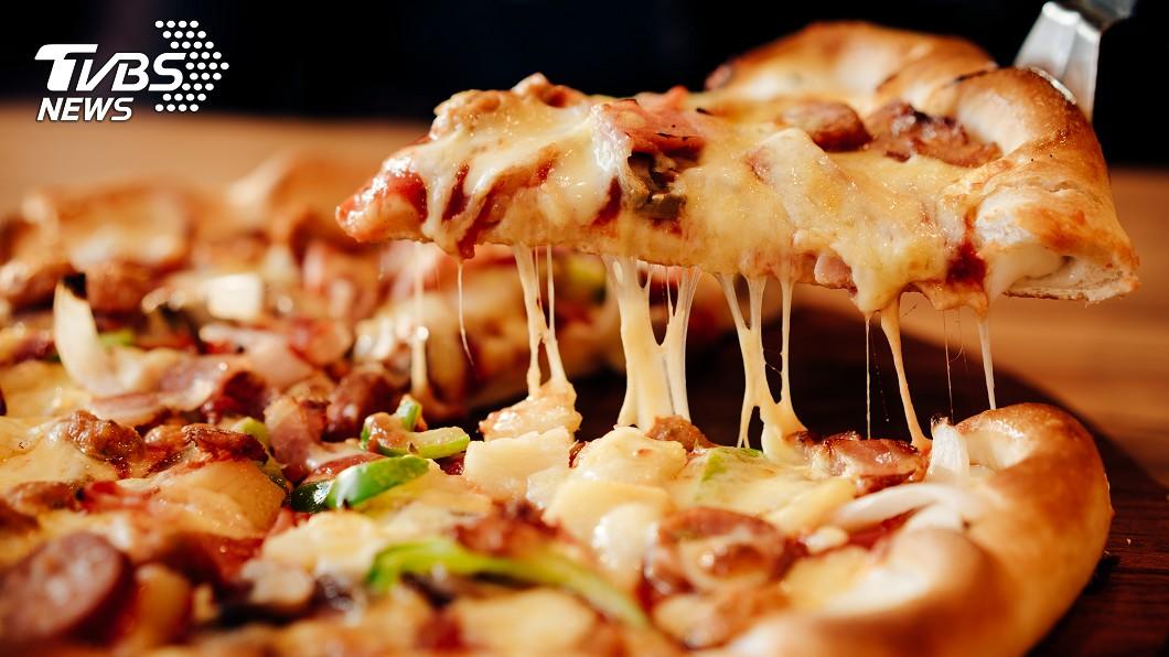 示意圖,與本事件人物無關。圖/TVBS 披薩為何比炸雞貴?內行人揭「關鍵主因」