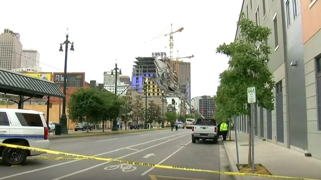 圖/翻攝自WSAV3 youtube 紐奧良興建中飯店塌 已知2死1失蹤18傷