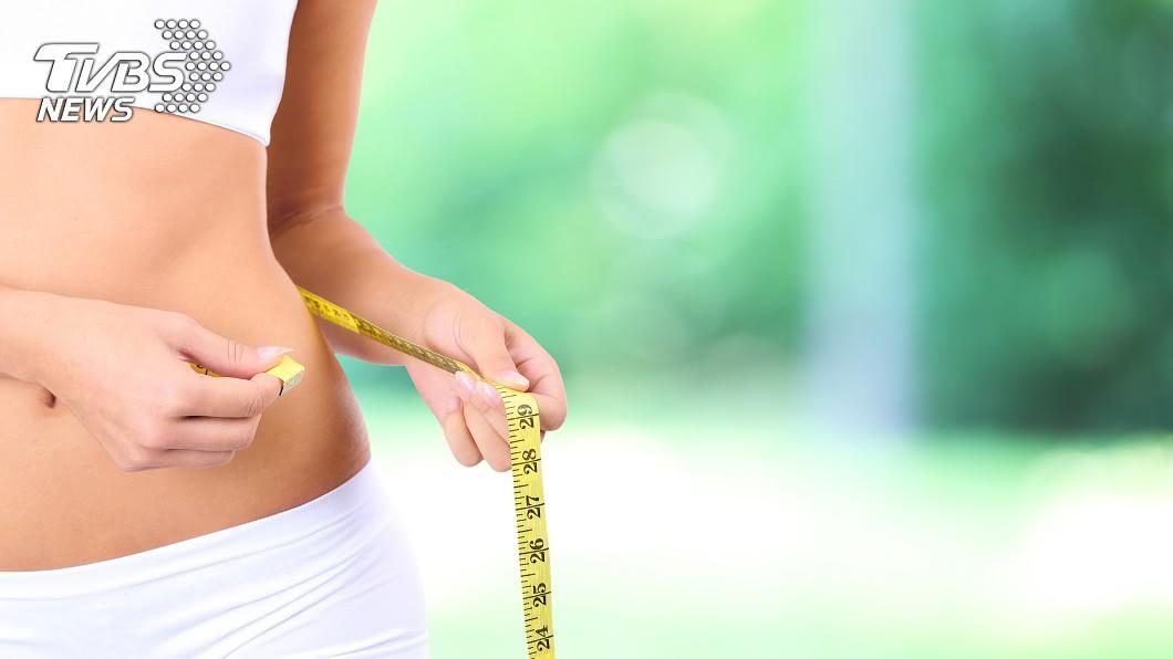 「減肥」對許多人來說是很困難的課題!示意圖/TVBS 18歲胖妹「坐爆椅子」遭羞辱 爆鏟67kg變超正!