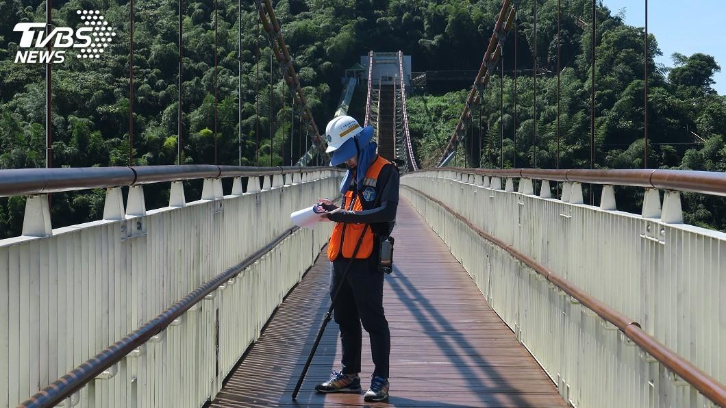 圖/阿管處提供 保障遊客安全 嘉義梅山太平雲梯定期巡檢