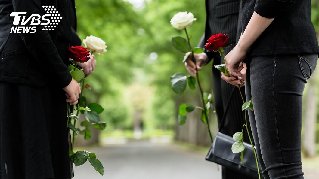 謝伊·布拉德利與病魔纏鬥3年。示意圖/TVBS 亡父棺材突傳「呼救聲」 眾人全破涕為笑