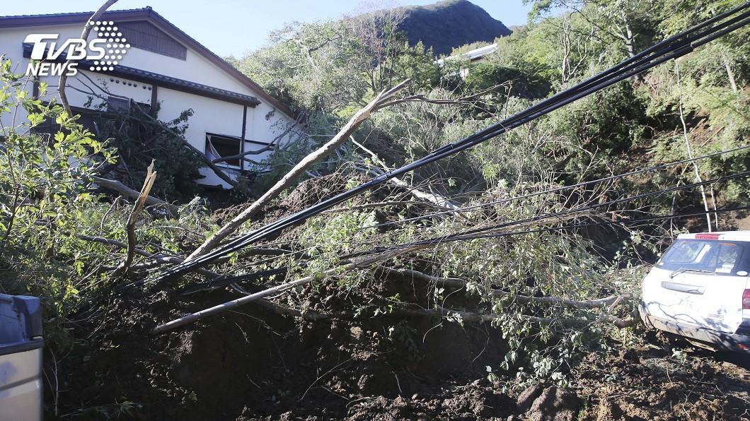 圖/達志影像美聯社 哈吉貝帶暴雨 日溫泉聖地「箱根」也受災