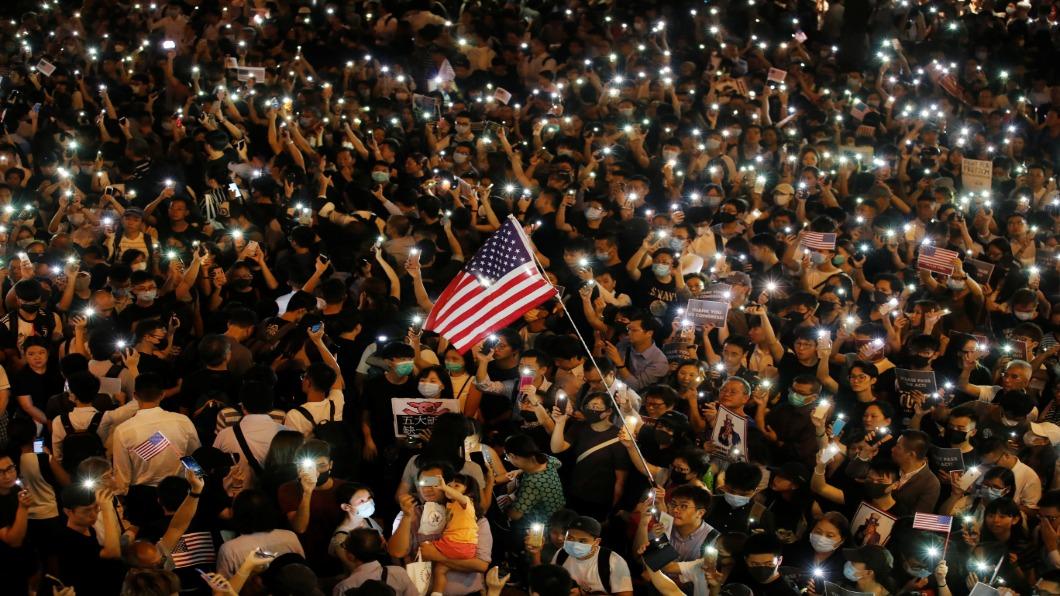 圖/達志影像路透社 要求美國總統制裁侵權人士 眾院通過香港法案