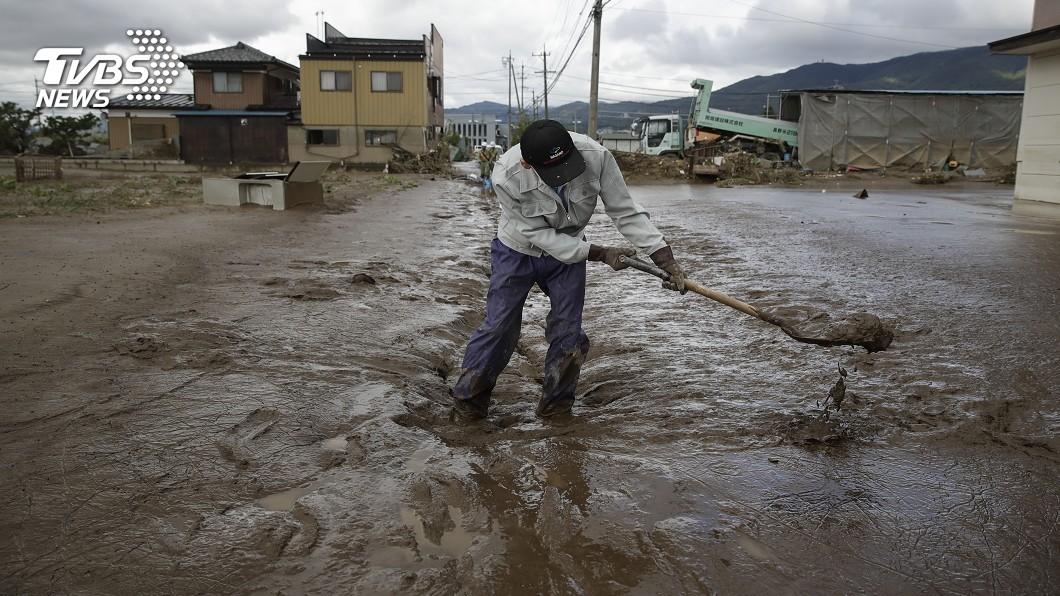 圖/達志影像美聯社 都市洪害! 人氣住宅區「武藏小杉」滿是泥