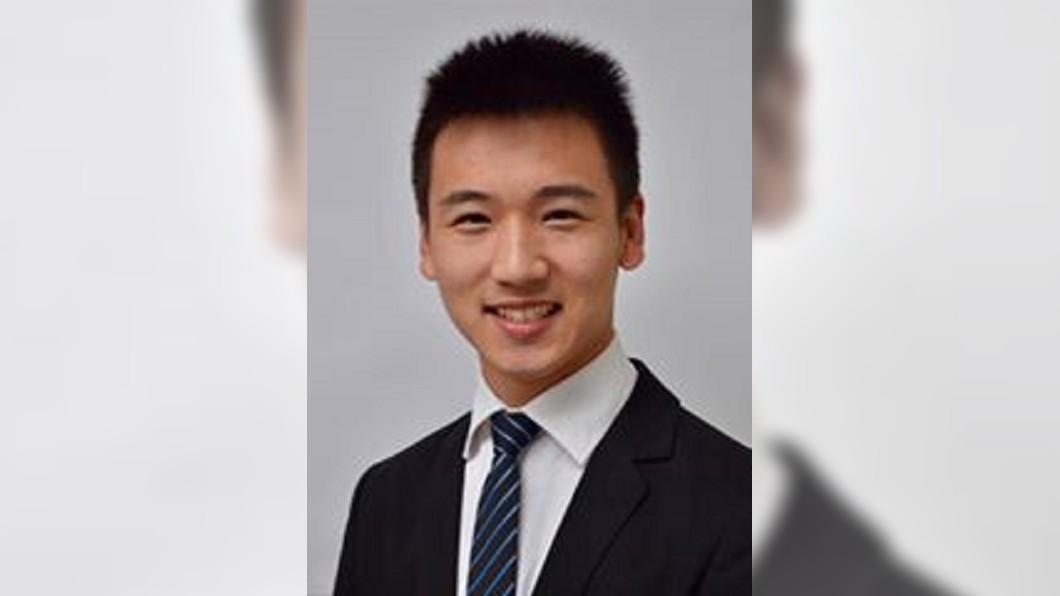 圖/翻攝自Fisher Wang 臉書 19歲當選市議員 紐西蘭台裔青年接總理賀電