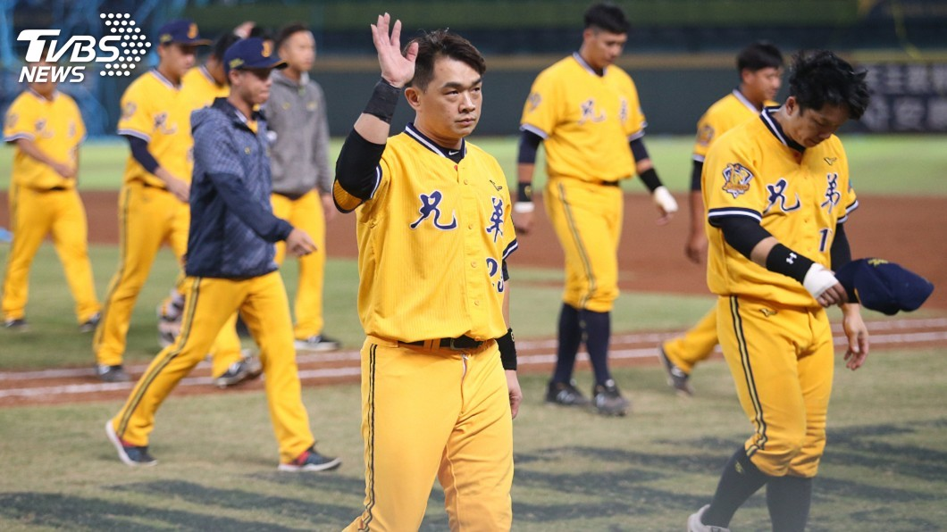 圖/中央社 「恰恰」彭政閔19年球員生涯結束 收起球棒換教練棒