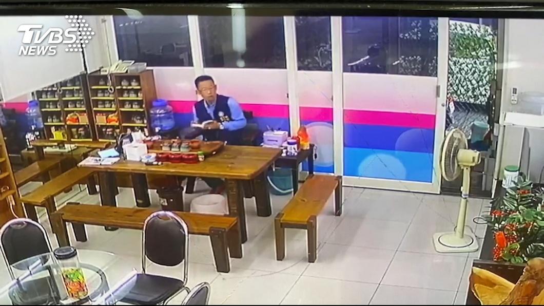圖/TVBS 砰!桃園議員服務處遭開槍 警速逮2嫌