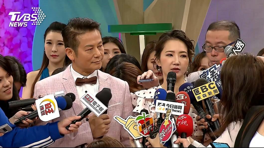 謝忻、徐乃麟新節目遭藝人退通告。 圖/TVBS 撇腥聞重拾主持棒 謝忻新節目被藝人退通告