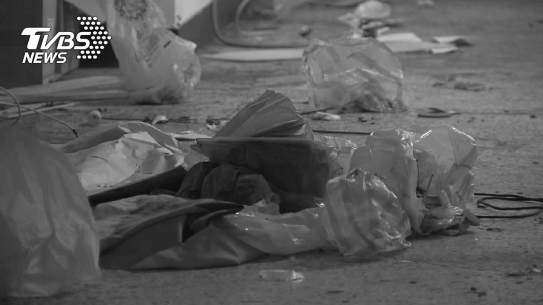 示意圖,與本事件人物無關。圖/TVBS資料畫面 轟走20年租客!房東進屋打掃 垃圾堆下赫見發黑腐屍