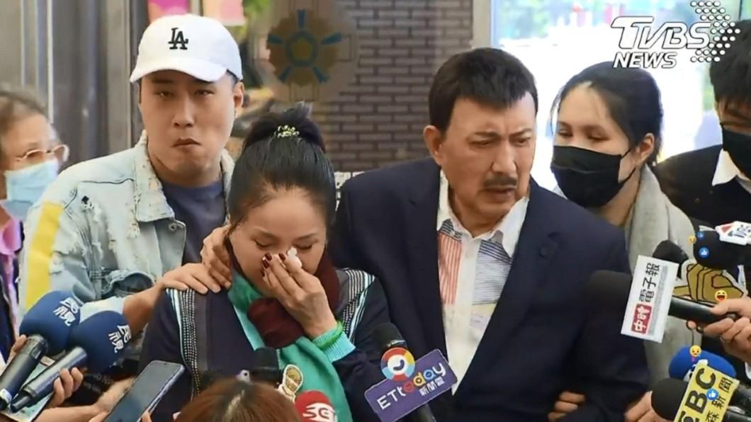 圖/TVBS 余苑綺現身「狂咳失神」!李亞萍崩潰:我不哭、我不哭