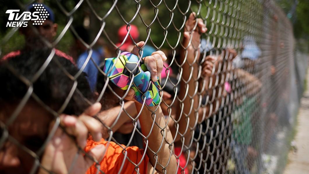 圖/達志影像路透社 美擬採集遭拘留移民DNA 民權團體憂隱私遭侵犯