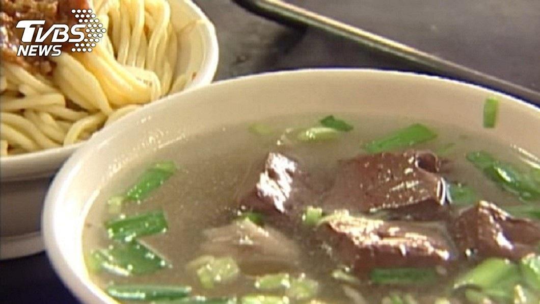 許多台灣民眾超愛喝豬血湯。(示意圖/TVBS) 羊肉炒飯80豬血湯25 奧客嫌貴嗆:誰要買啊?