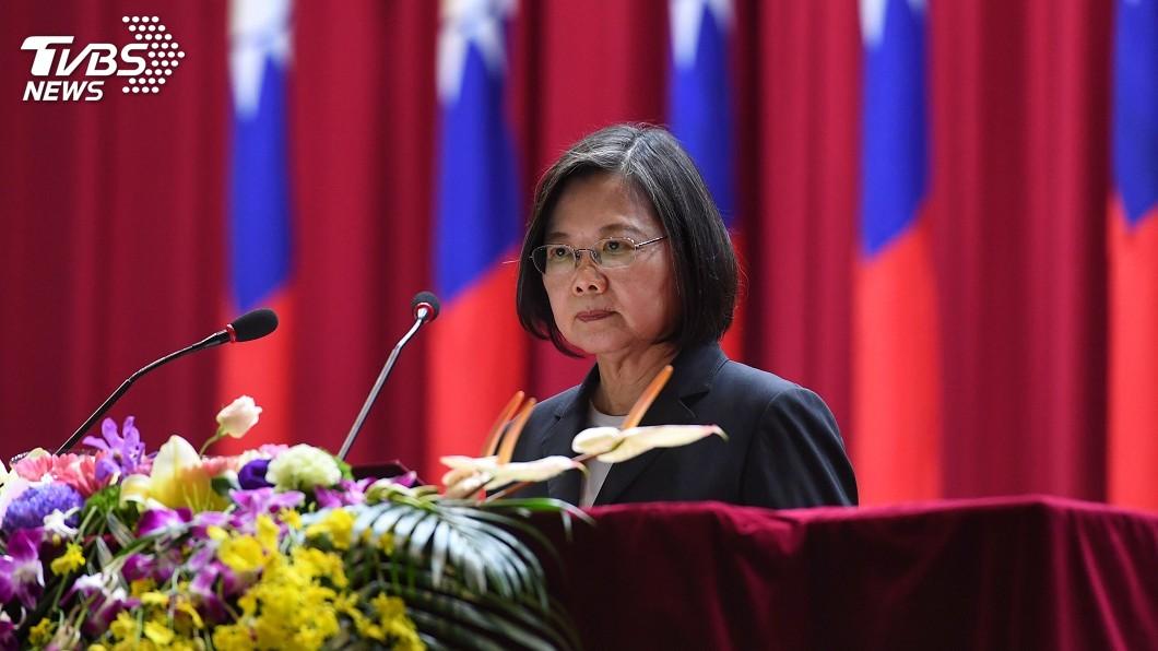 圖/中央社 蔡總統:國土主權寸步不讓 民主自由堅守不退