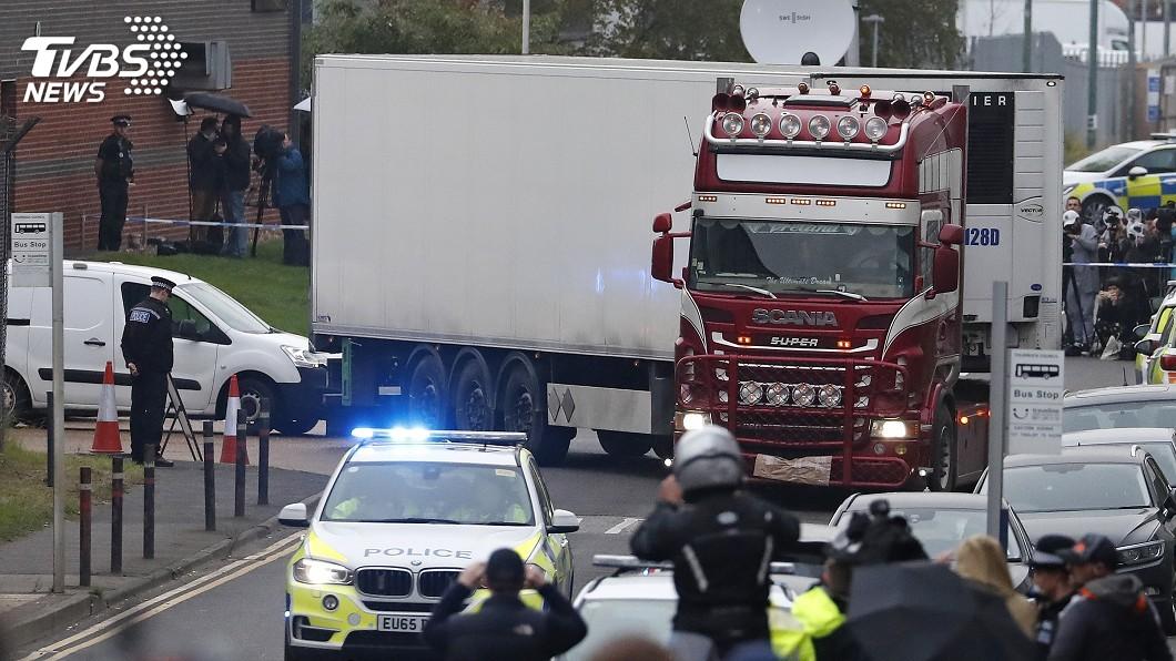 圖/達志影像美聯社 英國貨櫃車驚見39具屍體 25歲司機被捕