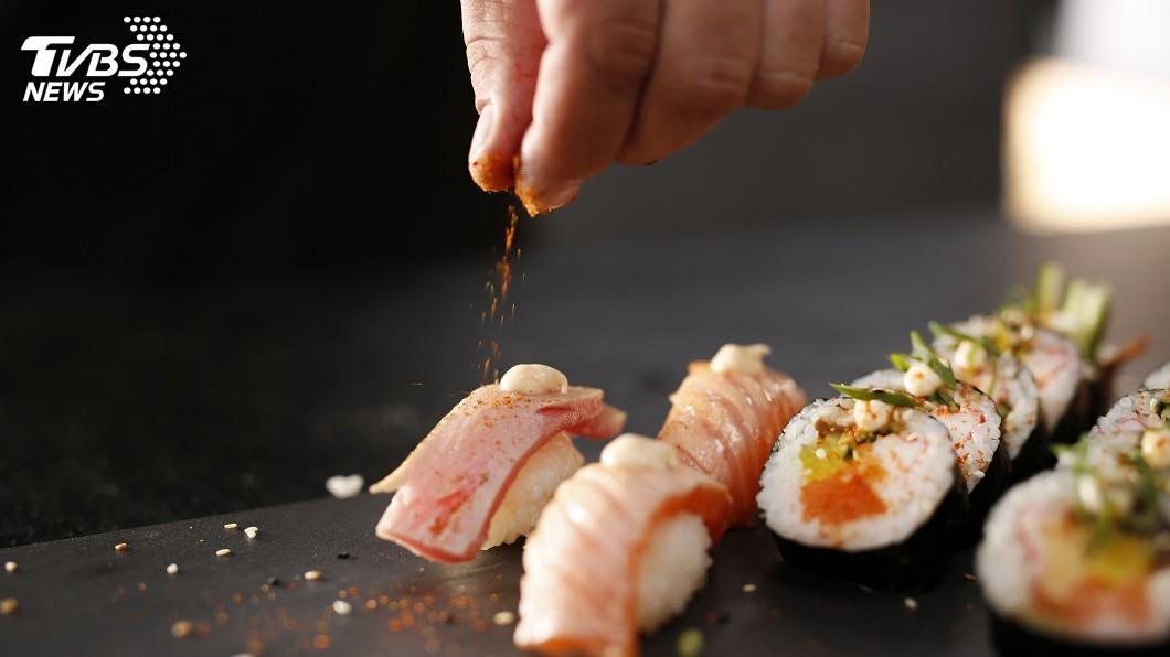 圖/TVBS示意圖 一早吃生魚片、水果拼盤 東京車站藏美味早餐