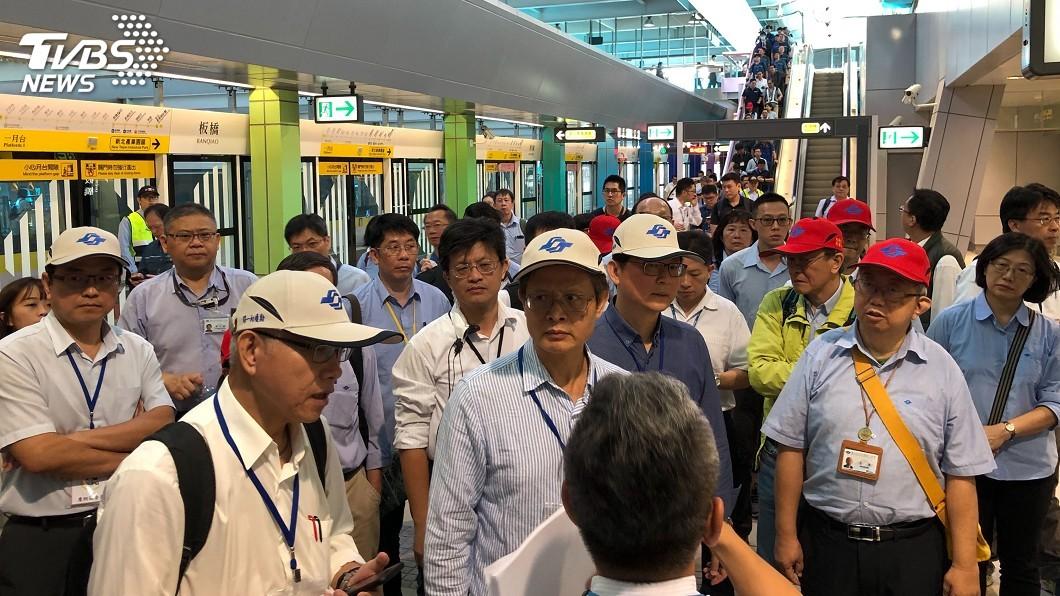 圖/新北市府捷運局提供 新北捷運環狀線第一階段初勘 預計年底通車