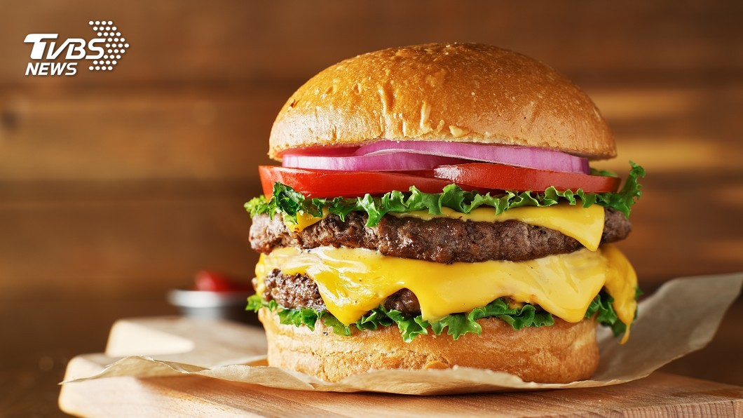 示意圖/TVBS 號稱LA最好吃! 雙層起司漢堡週末賣500個